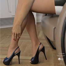 Peeptoe Pumps for Genesis 3 Females image 3