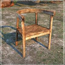 Photo Props: Rustic Seating image 4