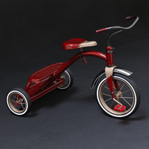 Tricycle Pinup image 5